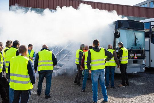 Exercice évacuation De Car En Cas De Fumée