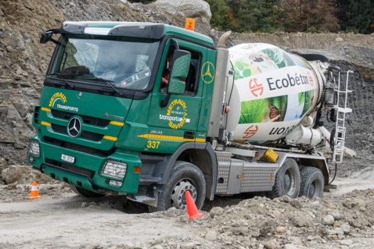 Camion Circulant En Terrain Difficile